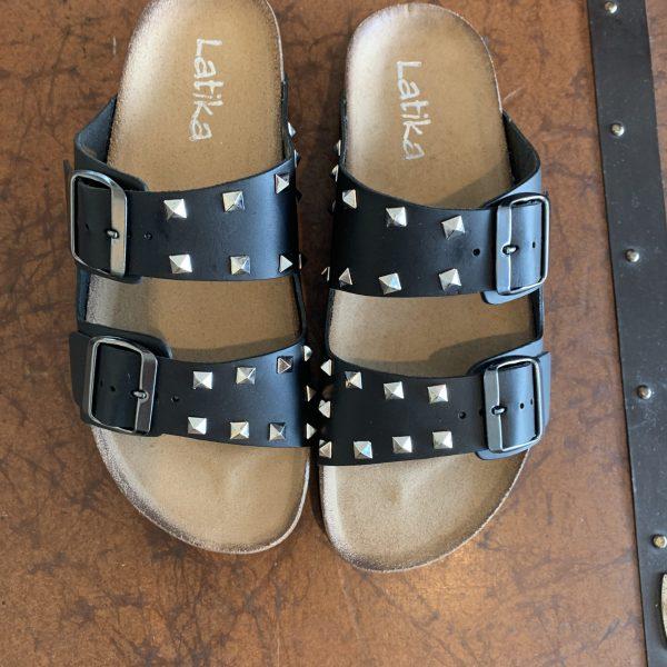Ciabatte sandali doppia fascia con borchie