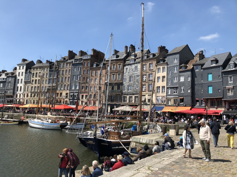so here are a few explanations to how to get our bee le havre honfleur bus tour the shuttle bus between le havre and honfleur