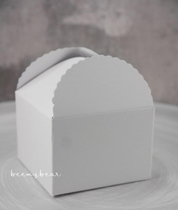 Papier-Box weiß