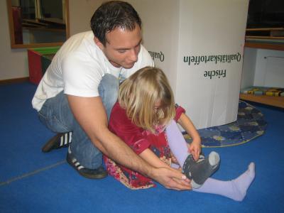 Frhkindliche Reflexe und Fragebogen