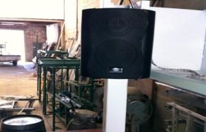 Equipo de sonido (Incluido en el precio)