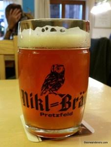 unfiltere amber beer in mug