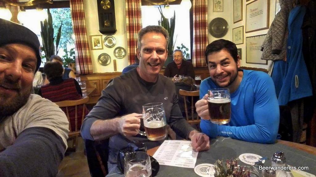 beer hikers drinking beer