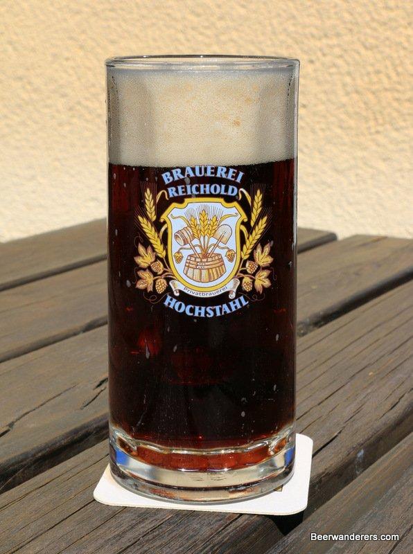 chestnut beer in mug