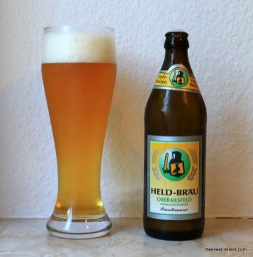 weissbier and bottle