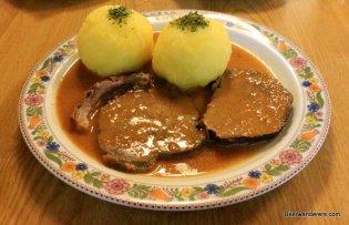 meat in sauce with dumplings