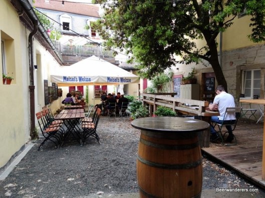 courtyard of pub with nice tree