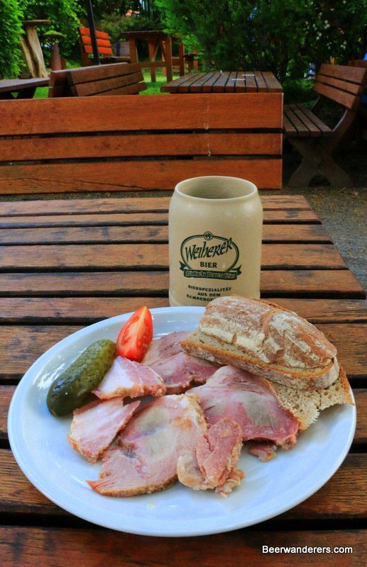 beer with cold cuts and roll