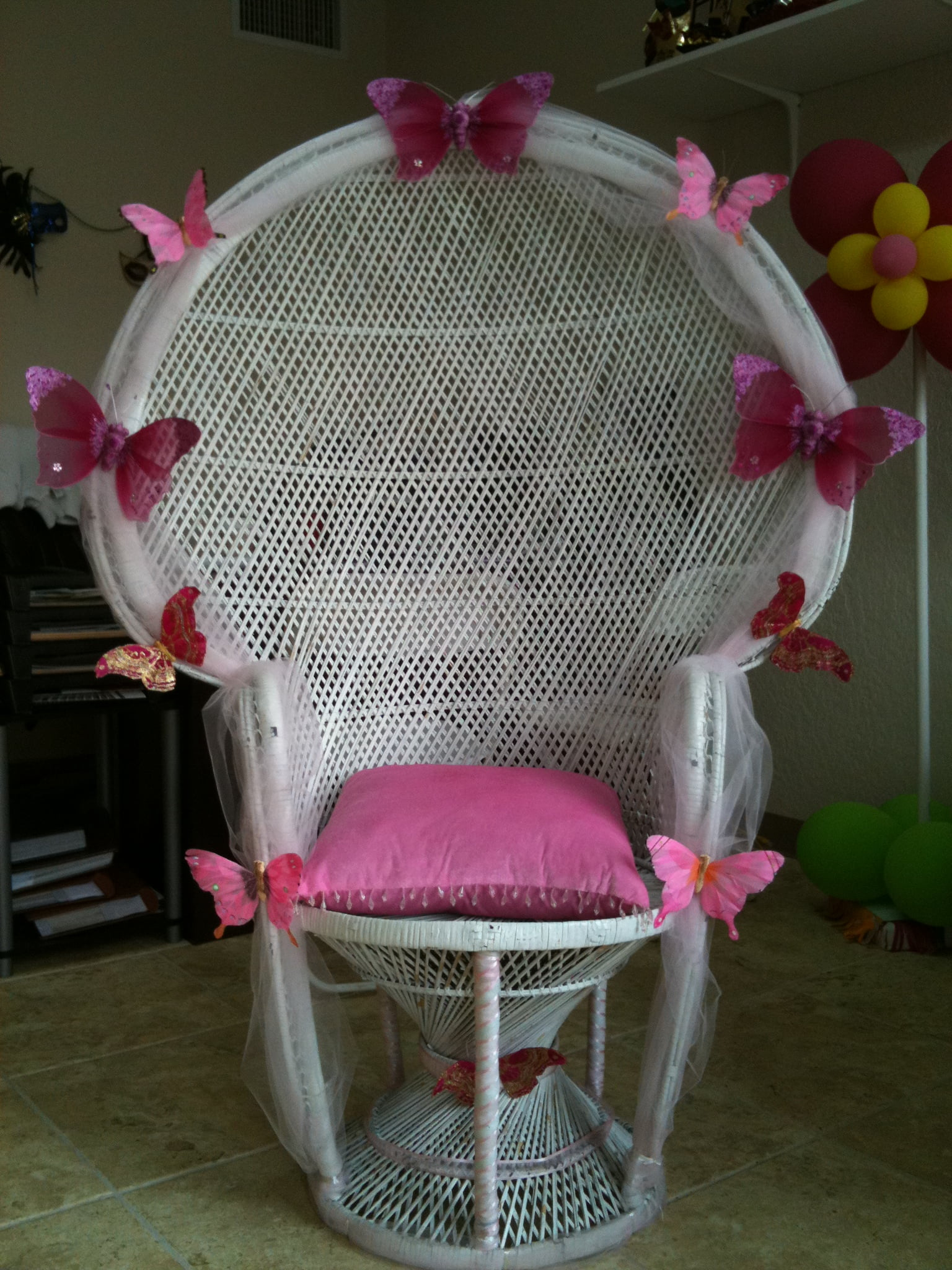 Decoration Ideas Baby Shower Mothers Chair  FREE