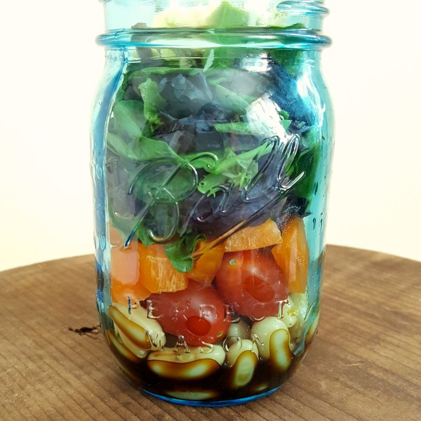 Healthy Summer Salad – On the Go Lunch!‏