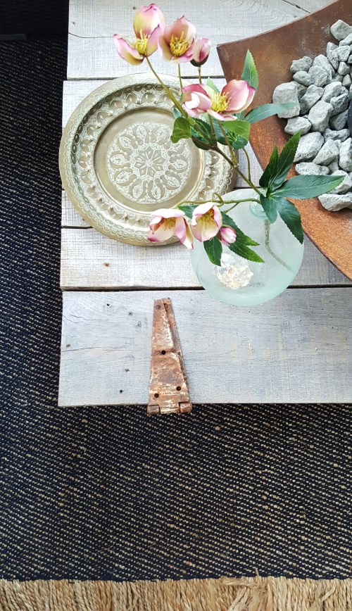 ORC Vintage Rustic Farmhouse Makeover DIY Barn Door coffee table