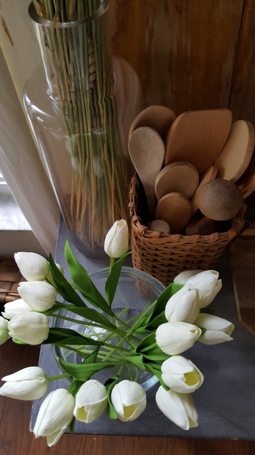 Spring Blog Tour White Kitchen Tulips Michael's Homegoods Farmhouse Rustic Copper Greenery Decor