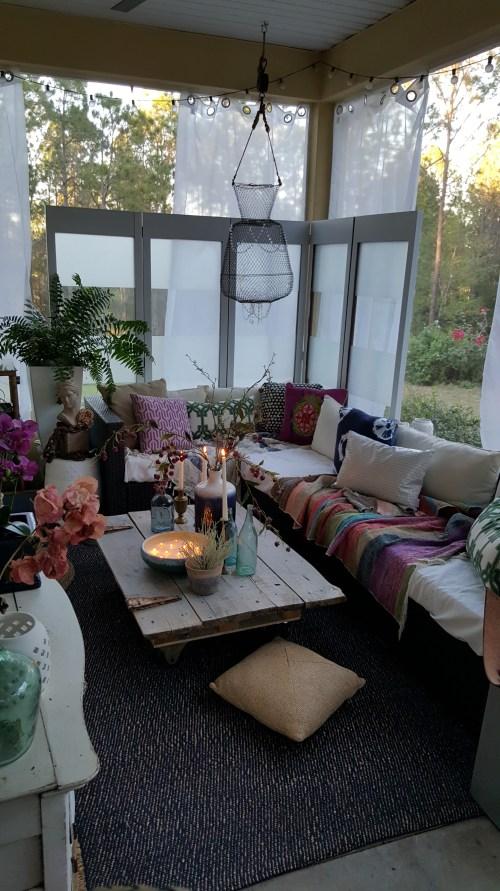 Spring Home Decor Blog Hop Back Porch Outdoor decor blue glass barn door coffee table