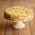 hazelnut-meringue-cake-gluten-free