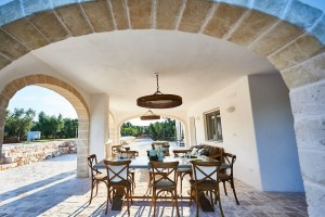 Outdoor dining table vacation villa