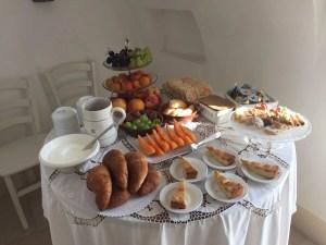 Breakfast Room 8 Palazzo San Giovanni BeeYond Travel