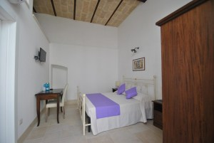 Standard Room 2 Palazzo San Giovanni BeeYond Travel