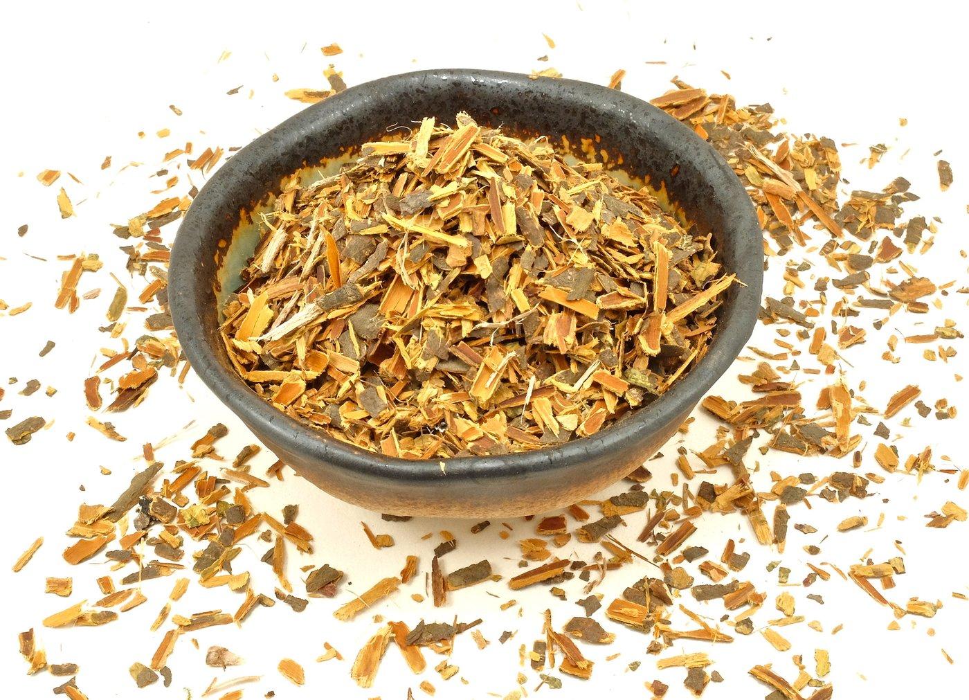 Bark buckthorn and its benefits for folk medicine