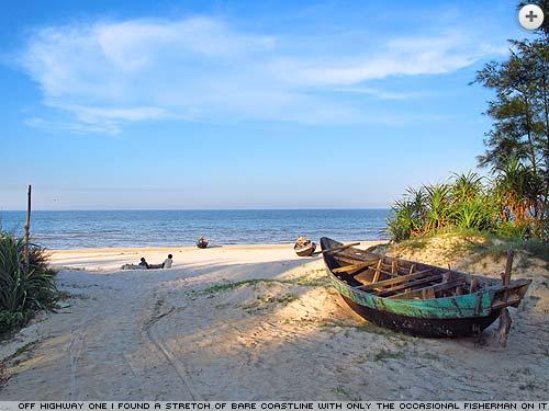 Another deserted Vietnam beach