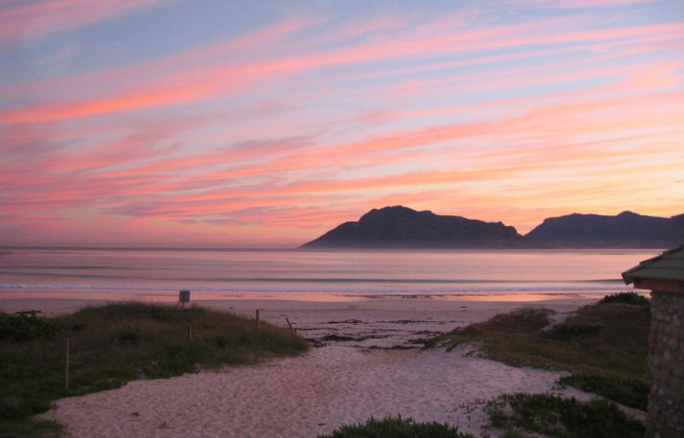 South Africa Surf Camps