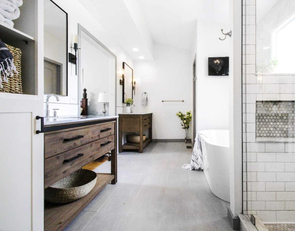 Who has their own bath-built or hired builders 6