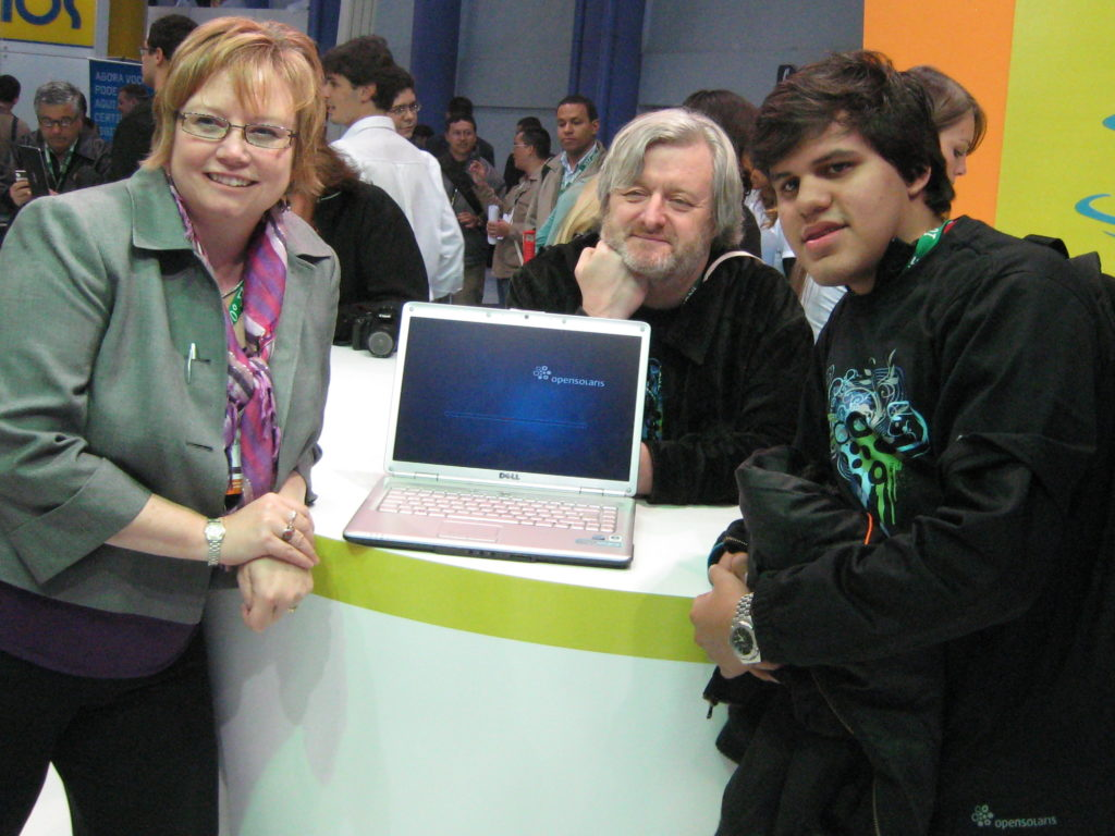 Lynn Rohrer, Simon Phipps, and a young OpenSolaris fan
