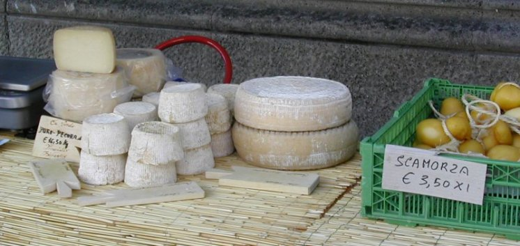 Italian cheese, market stall