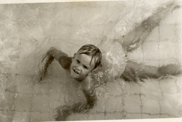 Deirdré in the pool at Red Rose Court, Bangkok, ~1969