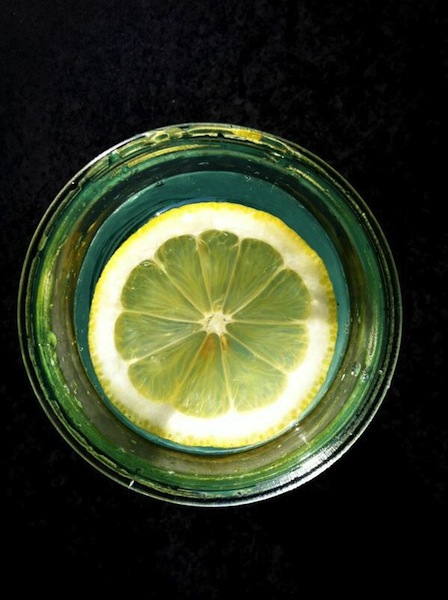 citroen in water