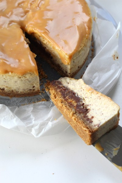 pretzel toffee cheesecake