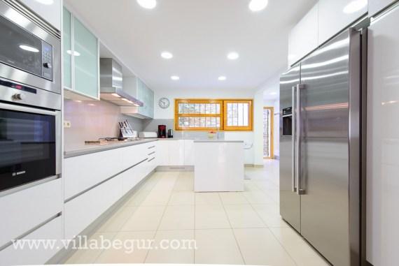 Amazing new kitchen in 2013