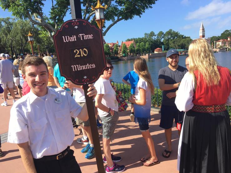 Wait times for Frozen Ever After