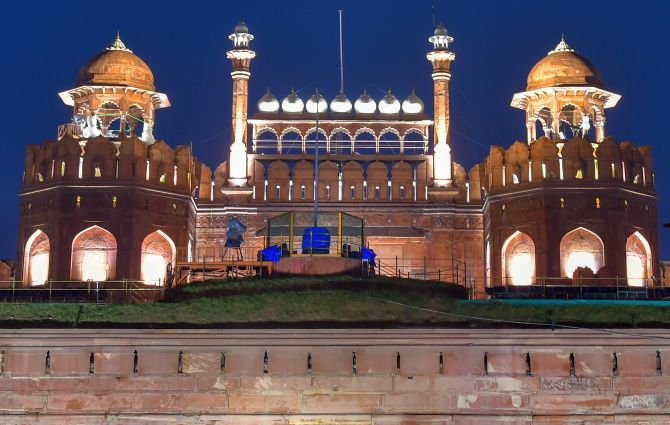 Creative Architecture of Mughal Kings | Mughal Dynasty 8 Behind History