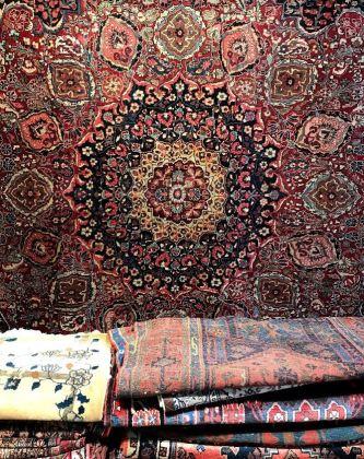 Hanging rug