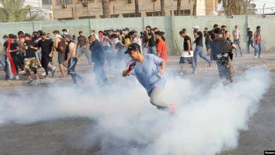 صورة على خلفية التظاهرات.. السلطات تلاحق ناشطين عراقيين