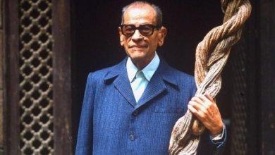 صورة نجيب محفوظ يعود إلى شاشة التلفزيون المصري العام المقبل .