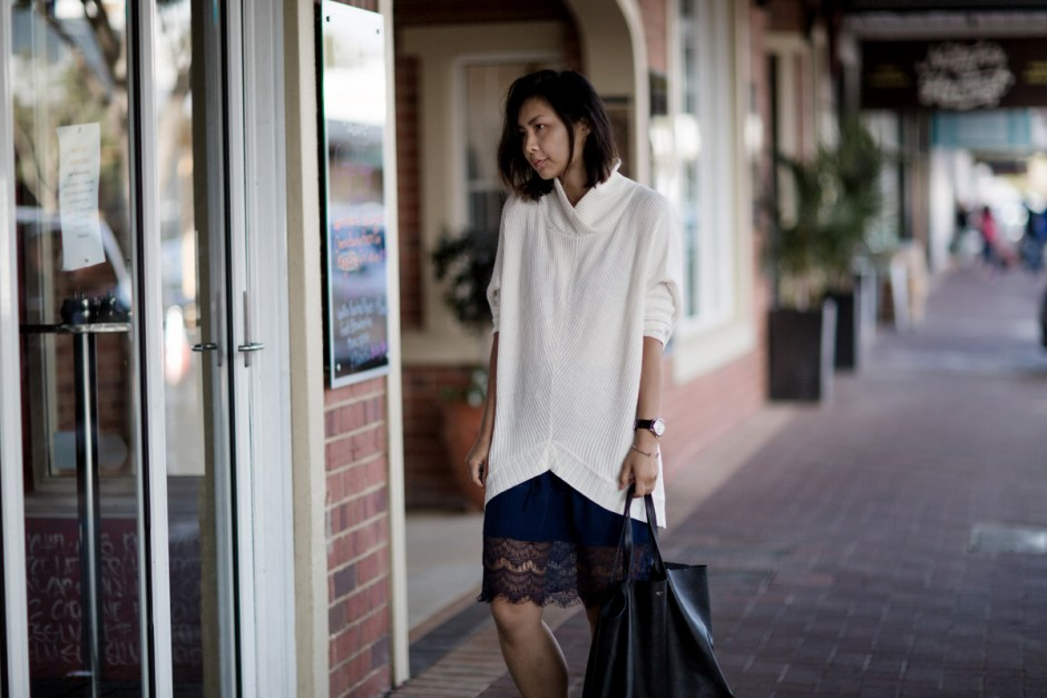 Pol Oversized Knit Lace Skirt Converse Celine Cabas Beige Renegade-2 copy