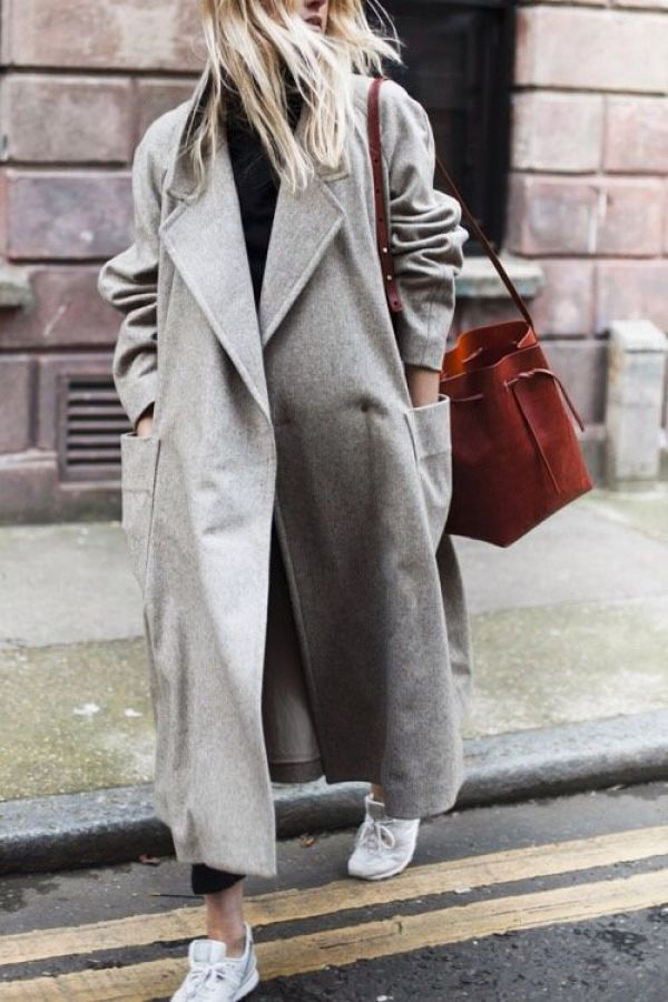 02-1 How to wear a coat - oversized