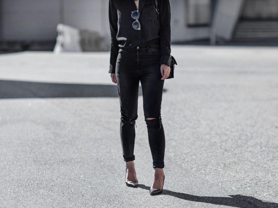 wear black classic silk shirt outfit