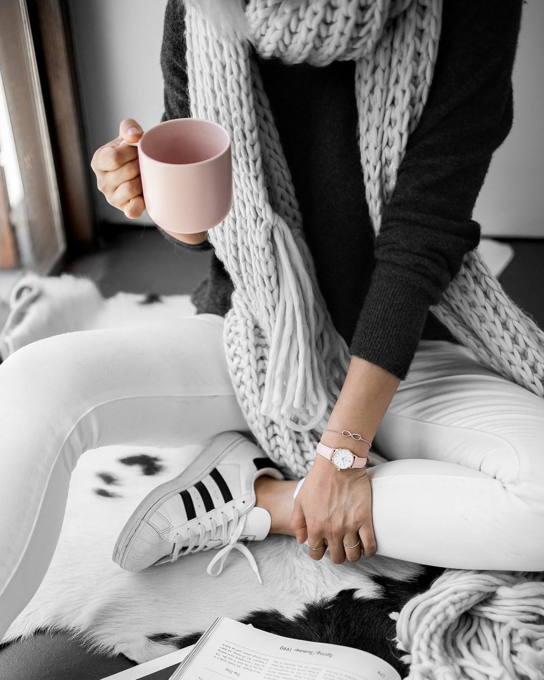 chunky-scarf-adidas-superstar-coffee-morning-inspiration-8-copy