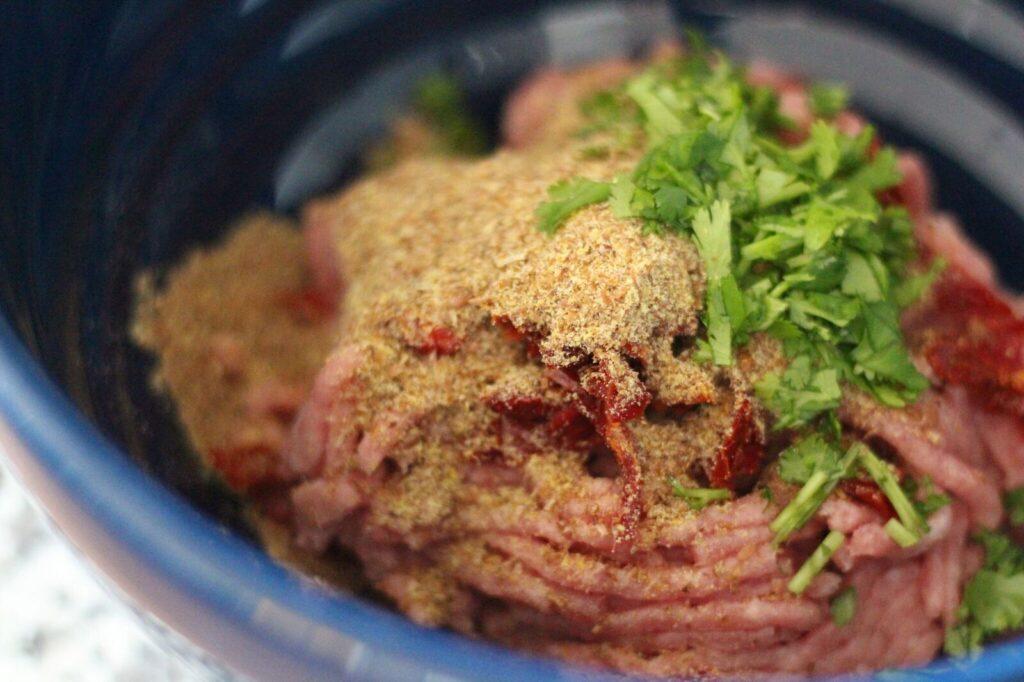 Paleo pasta with pesto and turkey meatballs