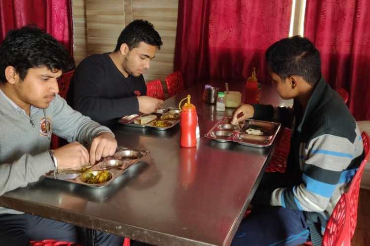 Being Home Hostels near Allen Sangyan Kota for Medical