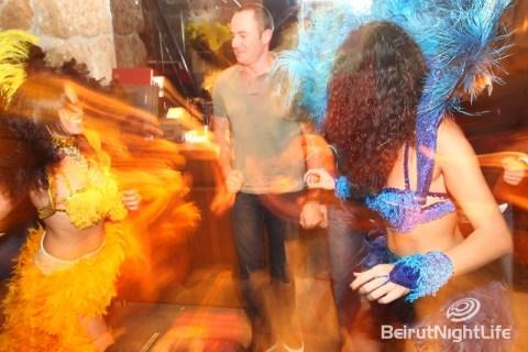 Samba dancing night G