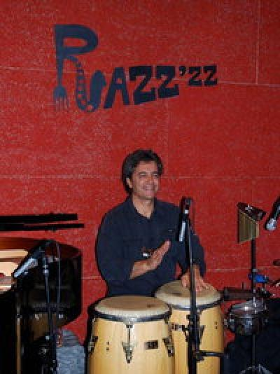 Gros Bras featuring Ibrahim Jaber at Razz'zz