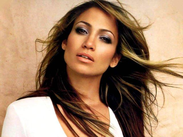 Jennifer Lopez Sued for $10million. Why?