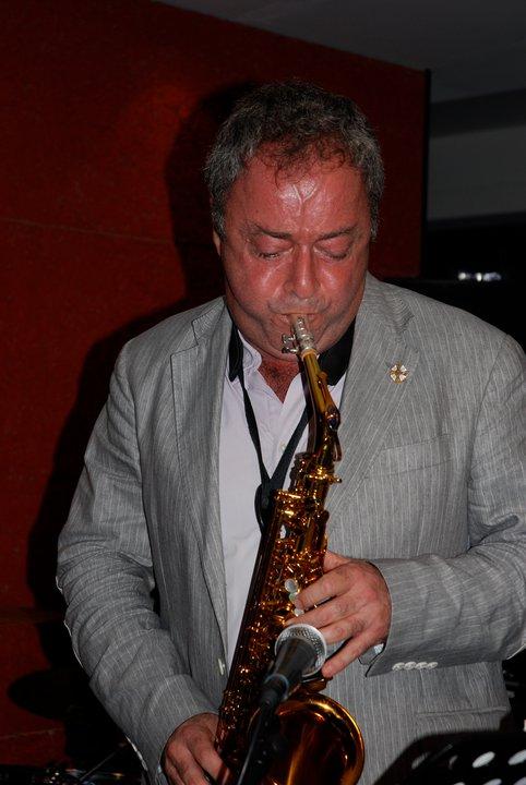 Avo Tutunjian Bebop Quintet At Razz'zz
