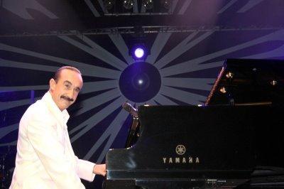 Raul Di Blasio At Casino Du Liban