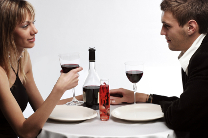 First Date Dos and Don'ts: Surefire Style Tips and Fashion Faux Pas
