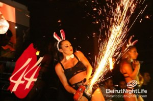 BLVD 44 Transforms into the PlayBoy Mansion with Girls Roc