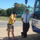 Vår kubanska guide Monica och busschauffören Ivan